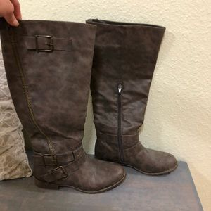 Brown justfab boots